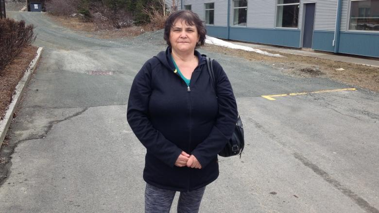 Crab asthma not taken seriously, say plant workers demonstrating at Workplace NL