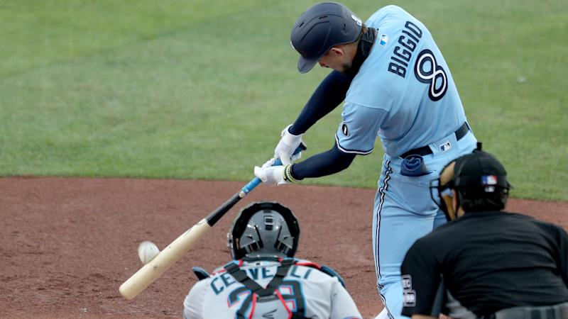 Blue Jays make MLB history in wild loss to Marlins, in-form LeMahieu leads Yankees sweep