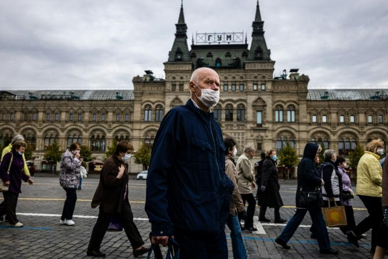 Russia reports record virus cases but shuns new restrictions