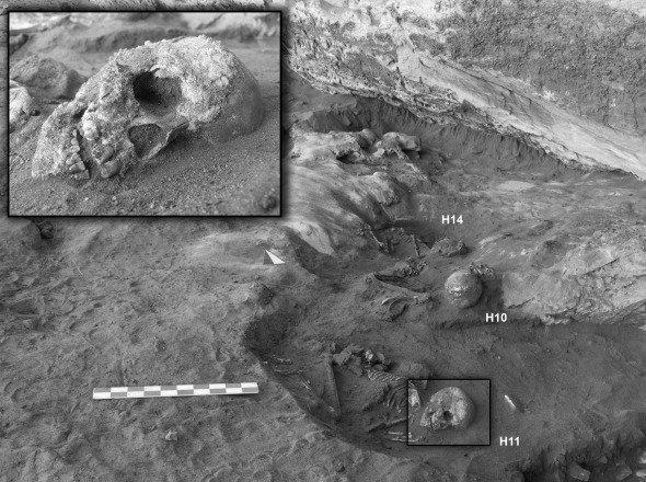 Stone Age skeletons found