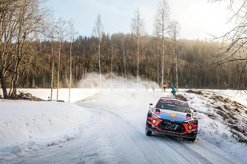 Evans leads first day of shortened Rally Sweden
