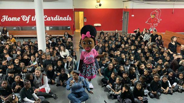 PHOTO: Super Beauty travels the country giving pep talks to teach kids about bullying. (Will Linendoll/ABC)