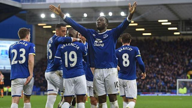 <p><strong>Average goals conceded per game: 0.70 (7 goals in 10 games) </strong></p> <br><p>Ronald Koeman has breathed new life into in-form Everton, who continue their climb up the Premier League. </p> <br><p>While Romelu Lukaku has been banging in the goals going forward it's been left to Ramiro Funes Mori and Ashley Williams to keep things secure at the back.</p>