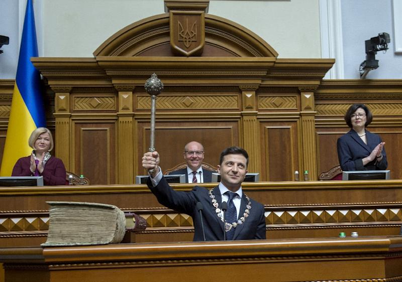 New Ukraine President Volodymyr Zelensky has called early elections for July 21