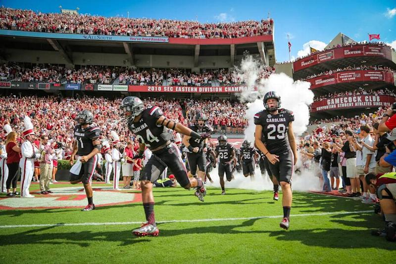 South Carolina not ranked, gets votes in first AP Football Top 25