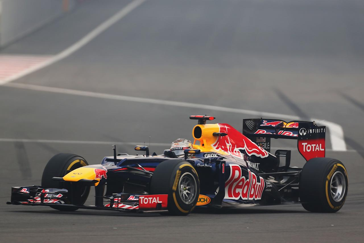 NOIDA, INDIA - OCTOBER 28:  Sebastian Vettel of Germany and Red Bull Racing drives during the Indian Formula One Grand Prix at Buddh International Circuit on October 28, 2012 in Noida, India.  (Photo by Mark Thompson/Getty Images)
