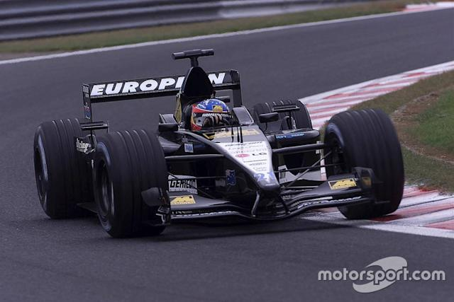 """2001: Minardi-Cosworth PS01 <span class=""""copyright"""">Russell Batchelor / Motorsport Images</span>"""