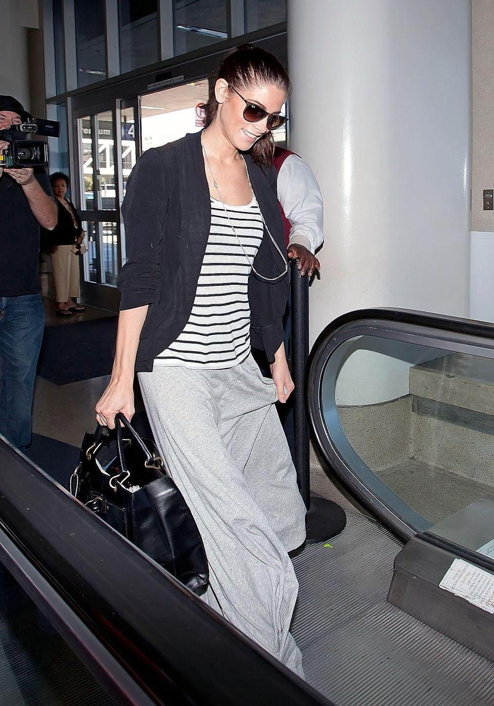 <p><strong>Ashley Greene, 2012</strong><strong>:</strong> Dragging hems are not your friend when you're going somewhere with people movers, escalators, and a generally gross floors everywhere.</p>