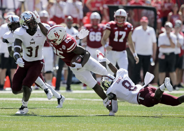 Nebraska running back Greg Bell had just eight carries for five yards over the last two games after opening as the team's starter. (AP Photo/Nati Harnik)