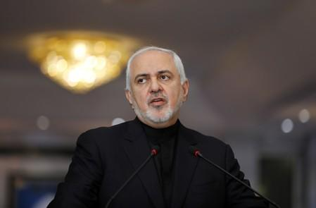 Iranian Foreign Minister, Mohammad Javad Zarif, speaks during a news conference with Iraqi Foreign Minister Mohamed Ali Alhakim in Baghdad