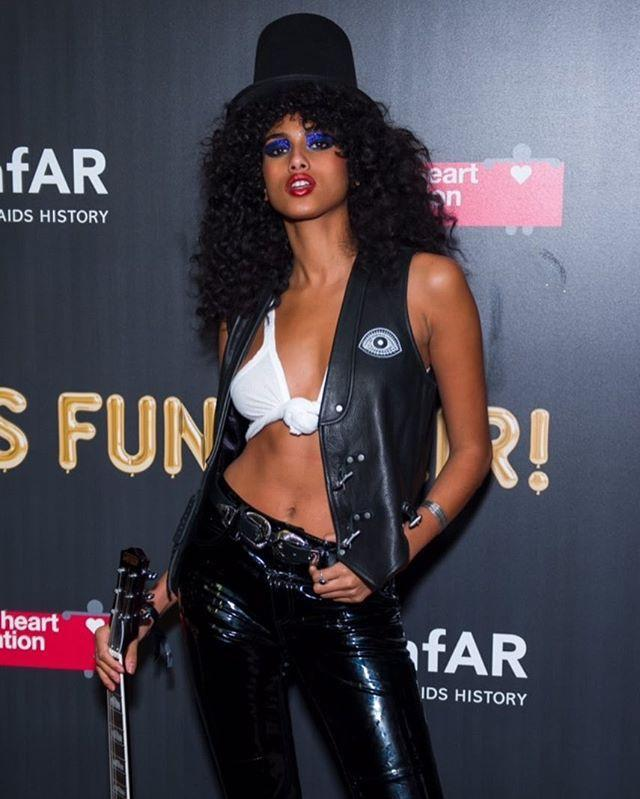 """<p>As long as you've got a top hat, long black hair, and a guitar, you have everything you need to recreate Slash's signature look.</p><p><a href=""""https://www.instagram.com/p/Ba05s0Fne7_/?utm_source=ig_embed&utm_campaign=loading"""" rel=""""nofollow noopener"""" target=""""_blank"""" data-ylk=""""slk:See the original post on Instagram"""" class=""""link rapid-noclick-resp"""">See the original post on Instagram</a></p>"""