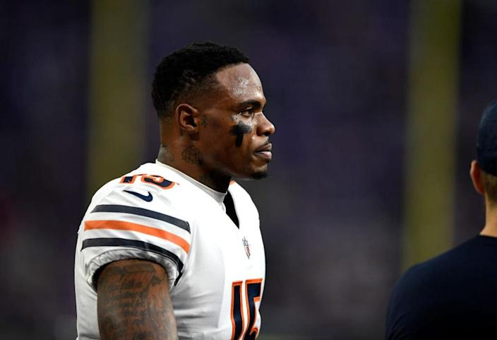MINNEAPOLIS, MN – DECEMBER 30: Josh Bellamy #15 of the Chicago Bears warms up before the game against the Minnesota Vikings at U.S. Bank Stadium on December 30, 2018 in Minneapolis, Minnesota. (Photo by Hannah Foslien/Getty Images)