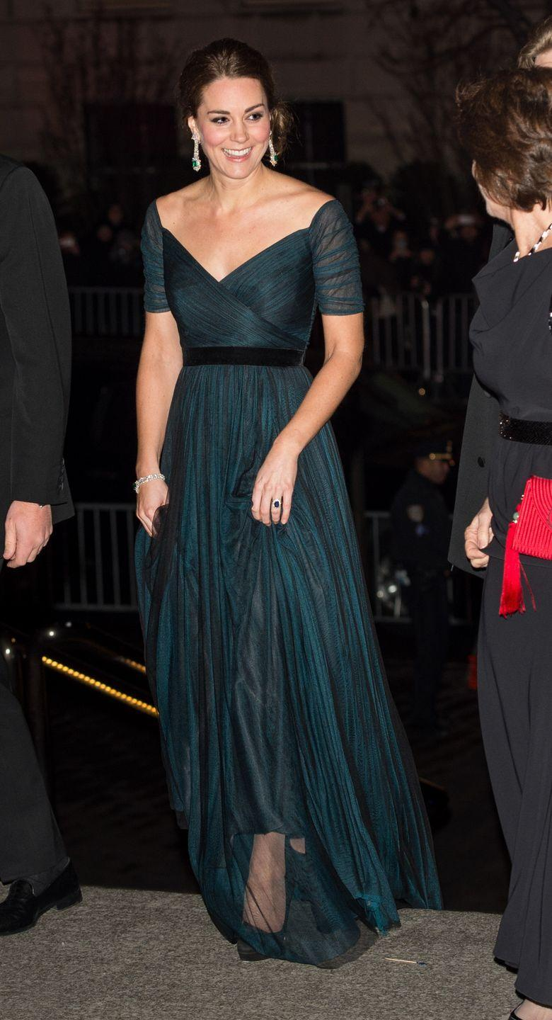 <p>Royals love to get glammed up, as proven by this photo of Kate at the St. Andrews 600th Anniversary Dinner in 2014—such a gorge dress! </p>