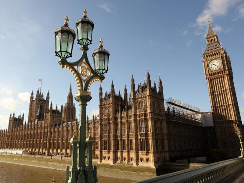 The culture of parliament needs to change ( )