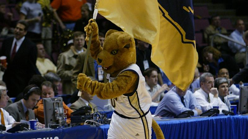 New Pittsburgh basketball coach could face hurdles with recruiting