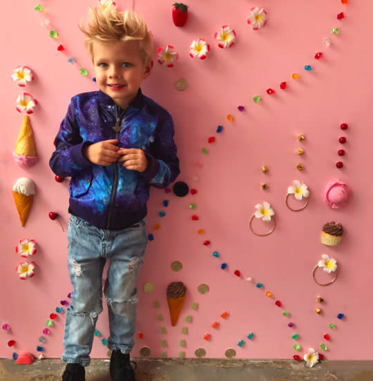 """<p><a href=""""https://www.yahoo.com/celebrity/tagged/fergie/"""" data-ylk=""""slk:Fergie"""" class=""""link rapid-noclick-resp"""">Fergie</a> was also there on Mother's Day and shared some snaps of date Axl, her cool-kid son with hubby Josh Duhamel. (Photo: <a href=""""https://www.instagram.com/p/BUH_Xo2A-aw/?hl=en"""" rel=""""nofollow noopener"""" target=""""_blank"""" data-ylk=""""slk:Fergie via Instagram"""" class=""""link rapid-noclick-resp"""">Fergie via Instagram</a>) </p>"""