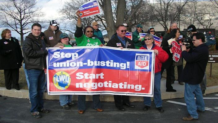 """<span class=""""caption"""">Rite Aid hired anti-union consultants to try to prevent workers from successfully organizing. </span> <span class=""""attribution""""><a class=""""link rapid-noclick-resp"""" href=""""https://www.flickr.com/photos/labor2008/3292916718/"""" rel=""""nofollow noopener"""" target=""""_blank"""" data-ylk=""""slk:Amy Niehouse/Flickr"""">Amy Niehouse/Flickr</a>, <a class=""""link rapid-noclick-resp"""" href=""""http://creativecommons.org/licenses/by-sa/4.0/"""" rel=""""nofollow noopener"""" target=""""_blank"""" data-ylk=""""slk:CC BY-SA"""">CC BY-SA</a></span>"""