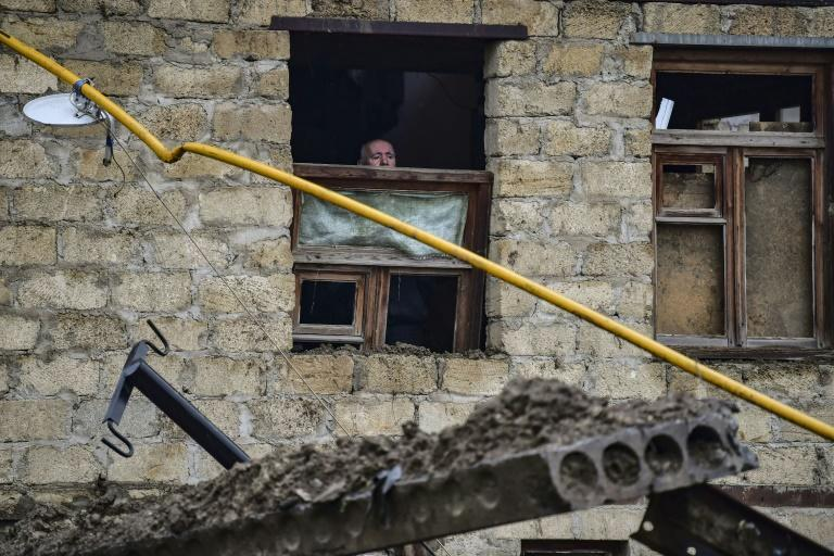 Shelling transforms Karabakh capital into ghost town