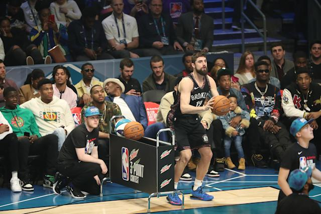 Joe Harris edged out Steph Curry to win the 2019 3-Point Contest on Saturday night. (Joe Murphy/Getty Images)