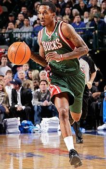 Brandon Jennings has been sidelined since Dec. 18 after breaking his left foot