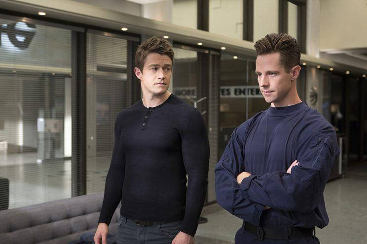 Robert Buckley as Major and Jason Dohring as Chase Graves in the CW's iZombie. (Photo Credit: Michael Courtney/The CW)