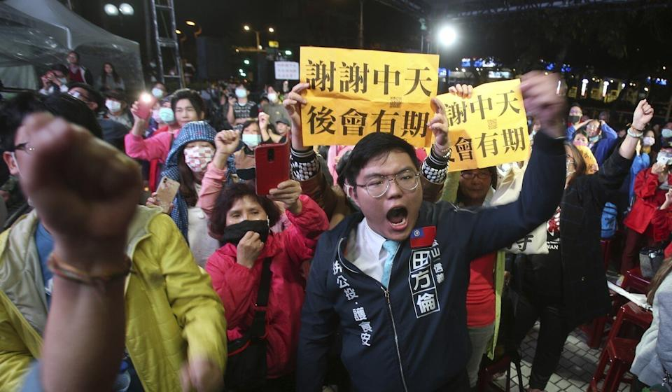 CTi supporters in Taipei after the government refused to renew its licence. Photo: AP