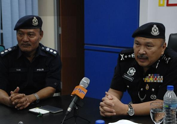 Johor deputy police chief Datuk Mohd Kamarudin Md Din (right) said the two-day exercise were meant to equip police personnel with adequate skills to preserve public order before and after the general elections. ― Picture by Roslan Khamis.