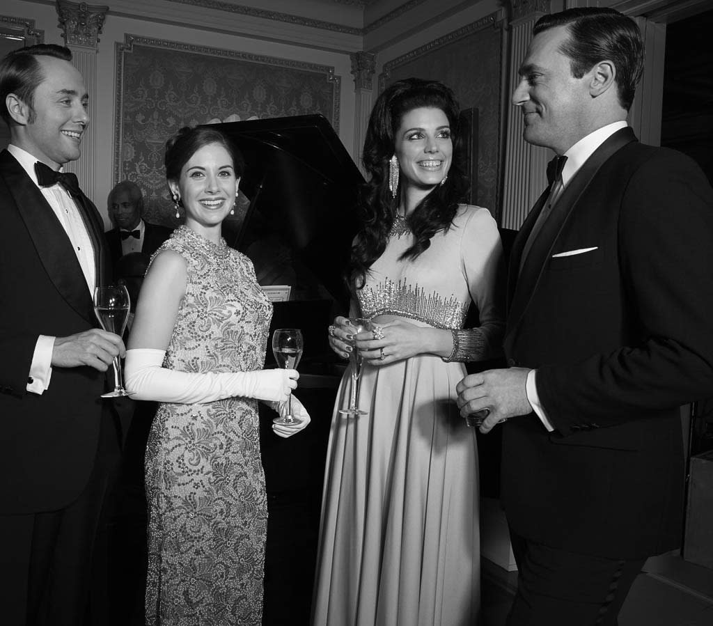Pete Campbell (Vincent Kartheiser), Trudy Campbell (Alison Brie), Megan Draper (Jessica Pare) and Don Draper (Jon Hamm) - Mad Men - Season 6