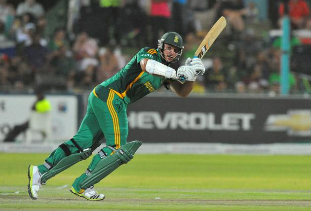 Graeme Smith of South Africa plays to square-leg during the 2nd One Day International match between South Africa and New Zealand at De Beers Diamond Oval on January 22, 2013 in Kimberley, South Africa. (Photo by Duif du Toit/Gallo Images/Getty Images)