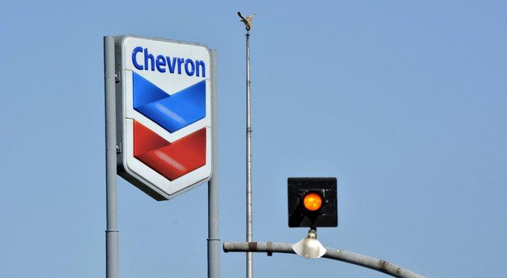 Chevron Is Top Name to Own in a Troubled Sector