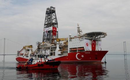 Turkish drilling vessel Yavuz sets sail in Izmit Bay, on its way to the Mediterranean Sea, off the port of Dilovasi