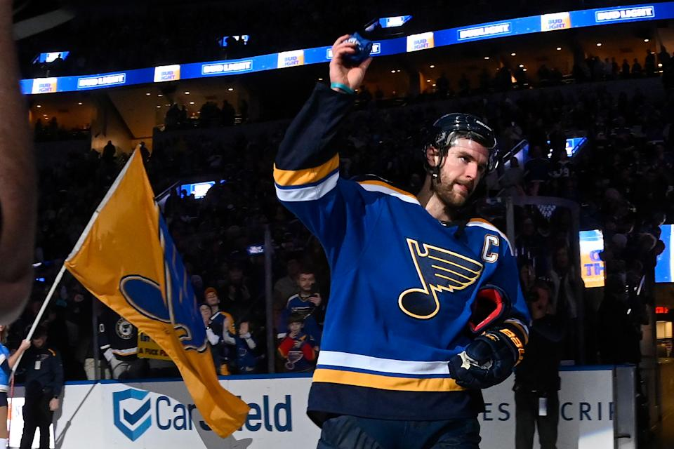 ST. LOUIS, MO - DECEMBER 29: Alex Pietrangelo #27 of the St. Louis Blues acknowledges fans after being named the first star of the game after beating the Winnipeg Jets 4-1 at Enterprise Center on December 29, 2019 in St. Louis, Missouri. (Photo by Joe Puetz/NHLI via Getty Images)