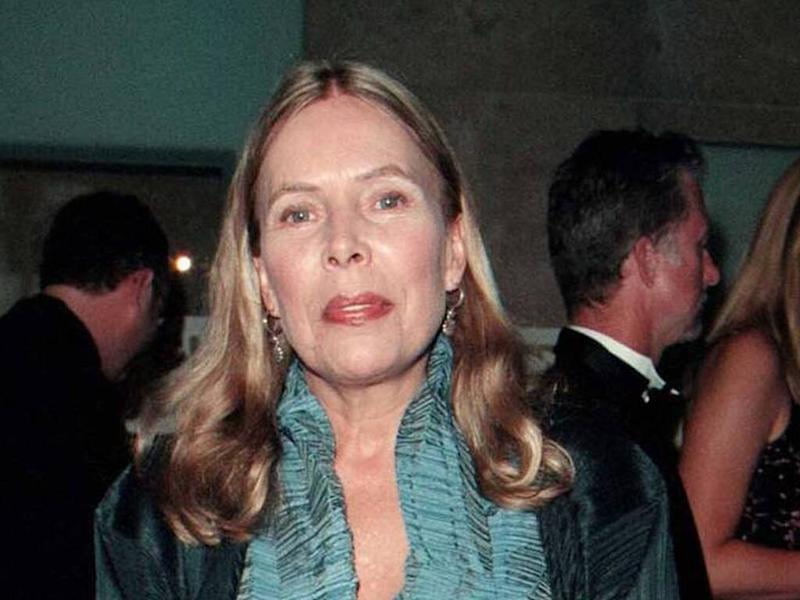 Joni Mitchell set to unveil archive collection featuring rare recordings