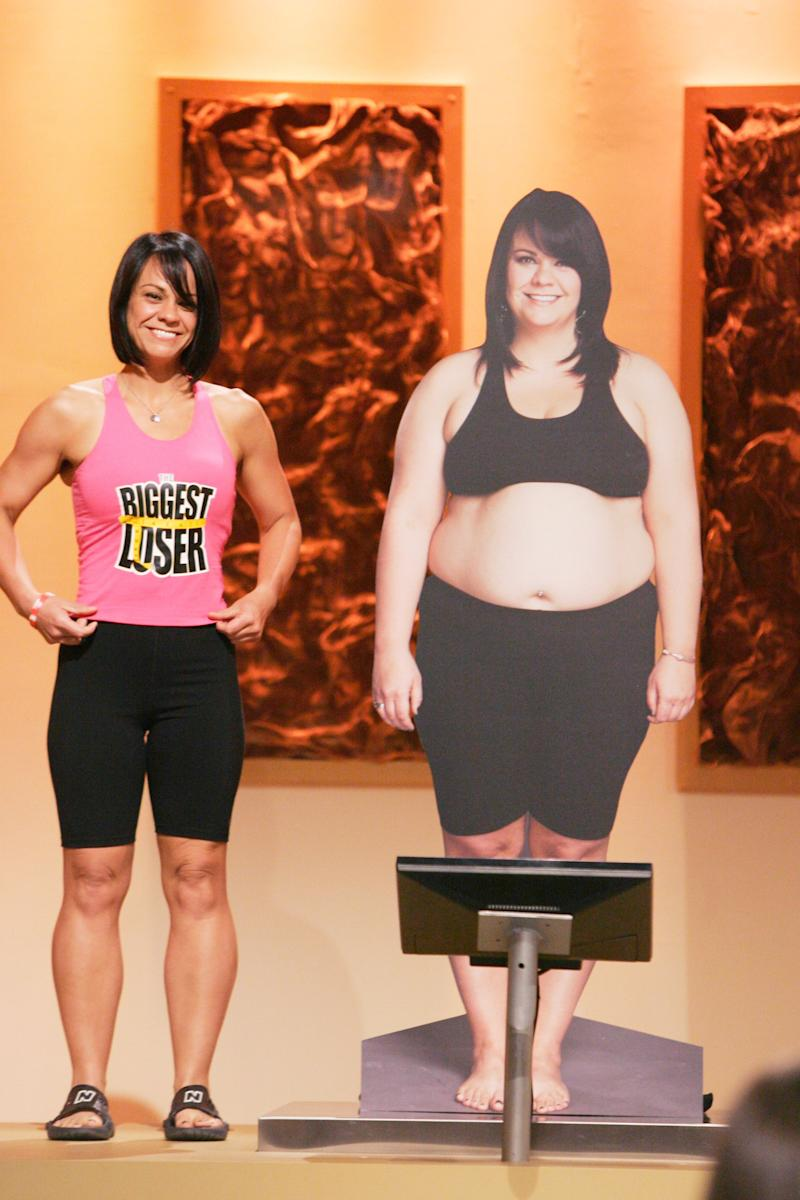 "Ali Vincent during the Biggest Loser season finale standing next to her ""before"" picture. (Photo: Trae Patton/NBCU Photobank)"