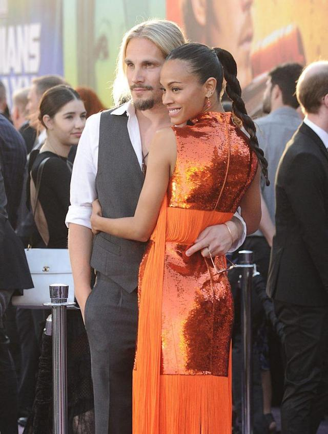 Zoe Saldana in Emilio Pucci, with her husband, Marco Perego-Saldana. (Photo: Getty Images)