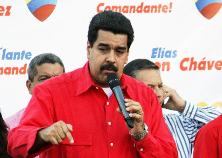 Nicolas Maduro speaks in Petare, Caracas on December 10, 2012