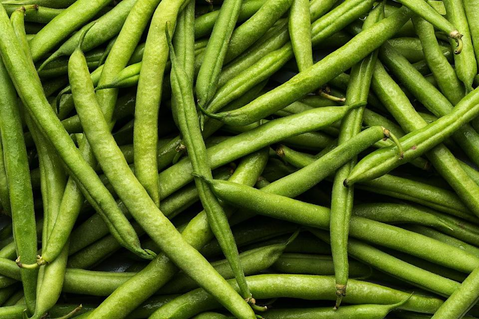 """<p>Kids will love slipping on their gardening gloves and helping to plant tasty green beans. During the summer months, beans can be sown directly into the ground or into pots of potting soil (which is great if you have a balcony). Poke the seeds into the soil so they are 25-40cm apart. Water well and enjoy!  </p><p><strong>Sowing to harvest: 60 days</strong></p><p><a class=""""link rapid-noclick-resp"""" href=""""https://go.redirectingat.com?id=127X1599956&url=https%3A%2F%2Fwww.thompson-morgan.com%2Fp%2Fdwarf-bean-delinel%2F149TM&sref=https%3A%2F%2Fwww.prima.co.uk%2Fhome-ideas%2Fgardening%2Fg35861874%2Feasy-vegetables-to-grow-quickly-1%2F"""" rel=""""nofollow noopener"""" target=""""_blank"""" data-ylk=""""slk:BUY DWARF GREEN BEANS"""">BUY DWARF GREEN BEANS</a> </p>"""