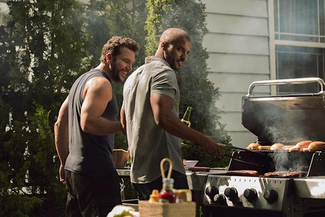 <p>Dane Cook as Robbie, Ricky Whittle as Shadow Moon in Starz's <i>American Gods</i>.<br><br>(Photo: Starz) </p>