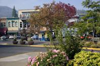 <p>Home to the annual Oregon Shakespeare Festival, this community is known for its appreciation of the arts and theater. Nestled in the foothills of the Cascade and Siskiyou mountain ranges, this sweet city is also a must for anyone visiting Crater Lake, which is just over an hour away. </p>