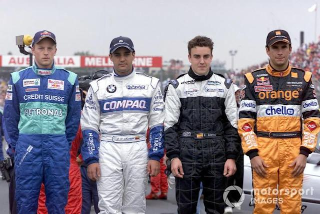 "Kimi Raikkonen, Sauber C20, Juan Pablo Montoya, Williams, Fernando Alonso, Minardi y Enrique Bernoldi, Arrows <span class=""copyright"">Sutton Motorsport Images</span>"