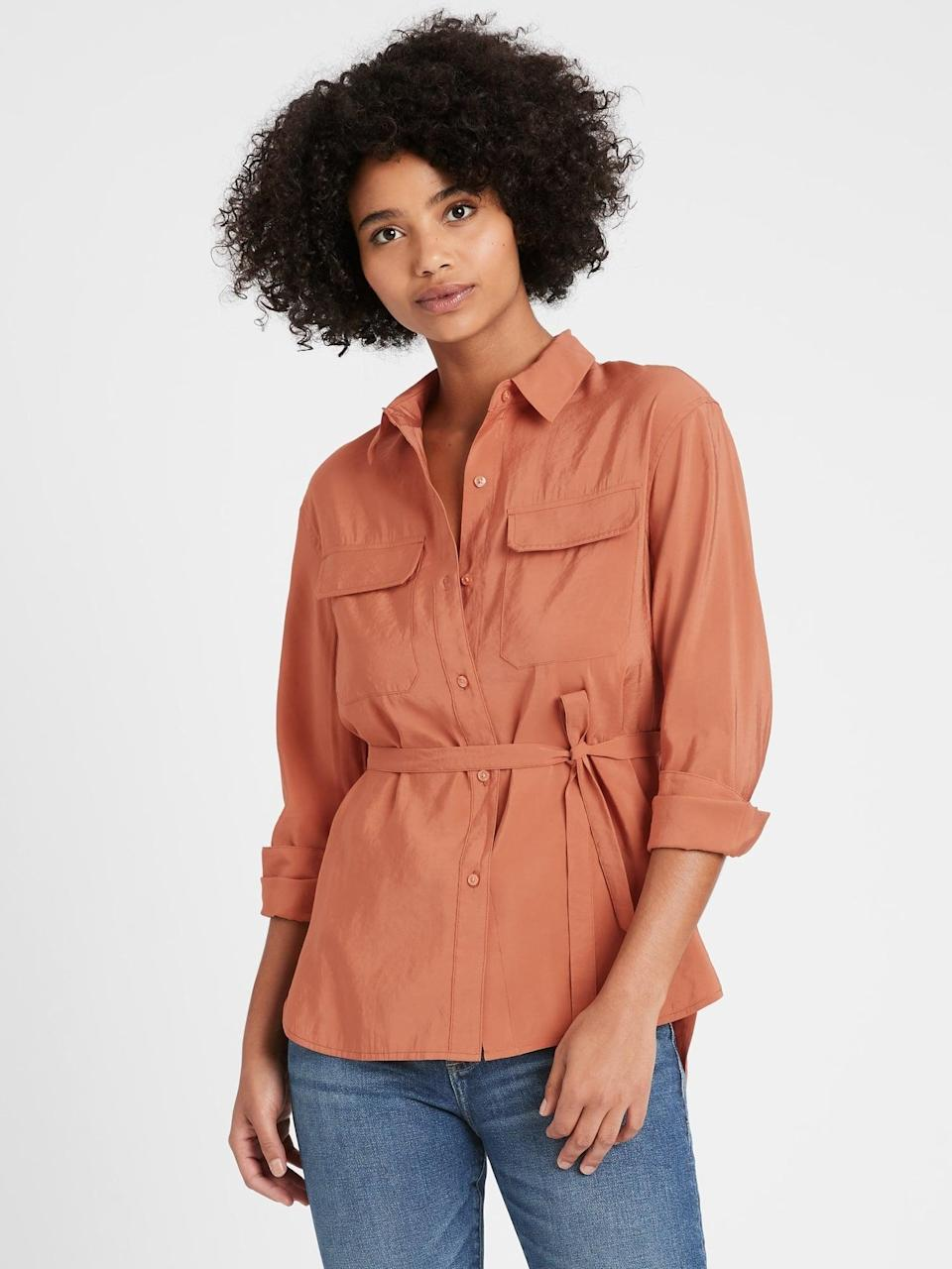 <p>Try a safari style with this <span>Banana Republic Belted Utility High-Low Shirt</span> ($19, originally $80)! Perfect for those vacation days!</p>