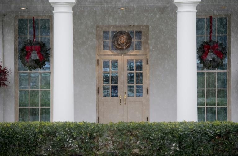 The White House is picture perfect but the mood is grim