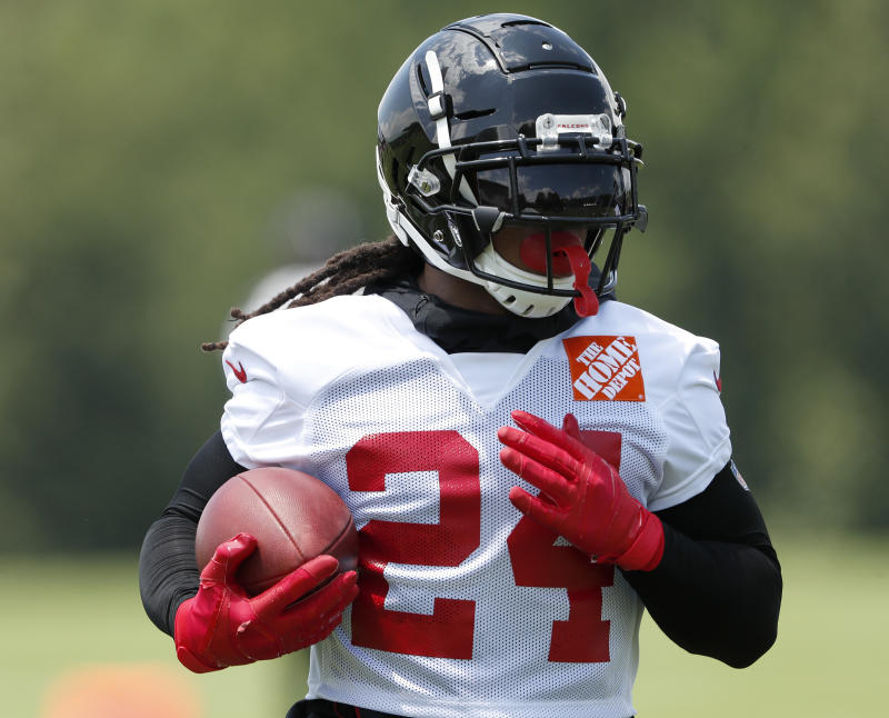 96e5f52d Falcons looking for answers at RB behind Devonta Freeman