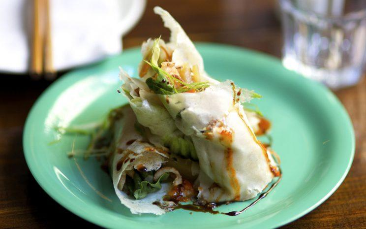 One of the dishes served at NYC's Chomp Chomp is popiah, priced at USD8.50. (Photo: Chomp Chomp)