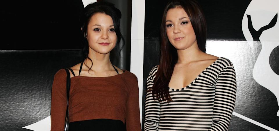 Megan Prescott (r) is flying to the US to support her twin sister Kathryn (l) after she was hit by a cement truck. (PA)