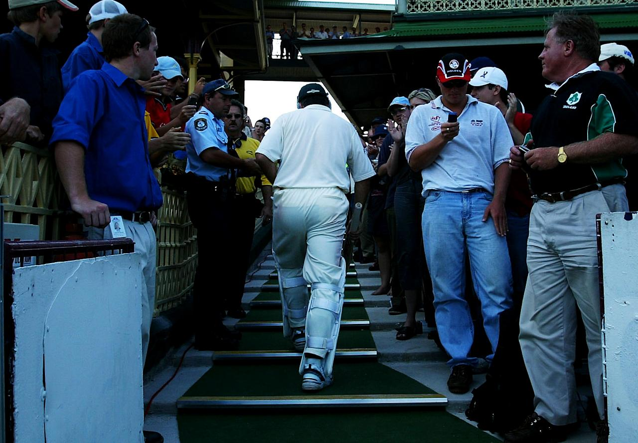 SYDNEY, AUSTRALIA - JANUARY 4:  Steve Waugh of Australia leaves the field after being dismissed during day three of the fourth Test between Australia and India at the SCG on January 4, 2004 in Sydney, Australia. (Photo by Hamish Blair/Getty Images)