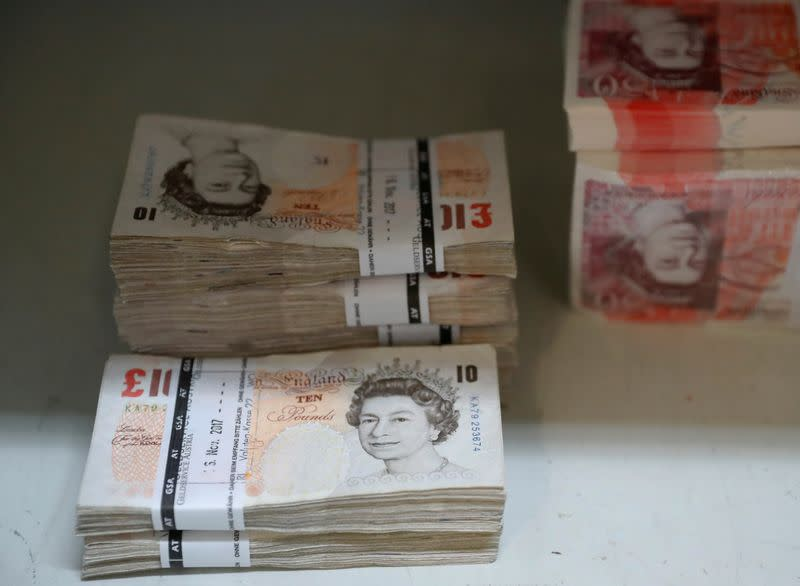 Sterling falls to three-week low against dollar