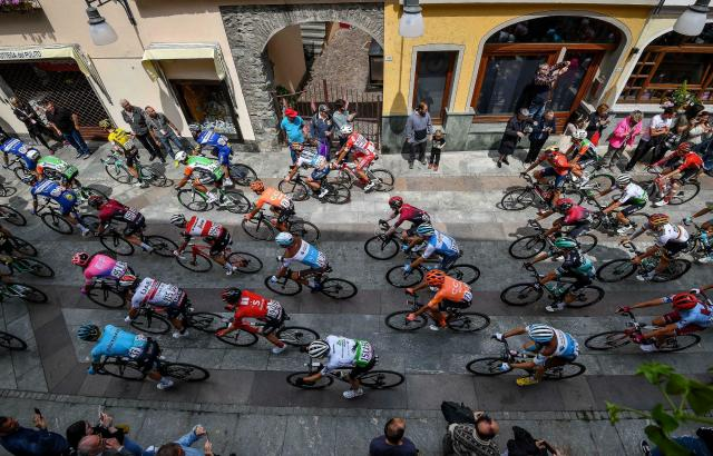 Riders start the 14th stage of the Giro d'Italia cycling race, from Saint-Vincent to Courmayeur, Saturday, May 25, 2019. (Alessandro Di Meo/ANSA via AP)