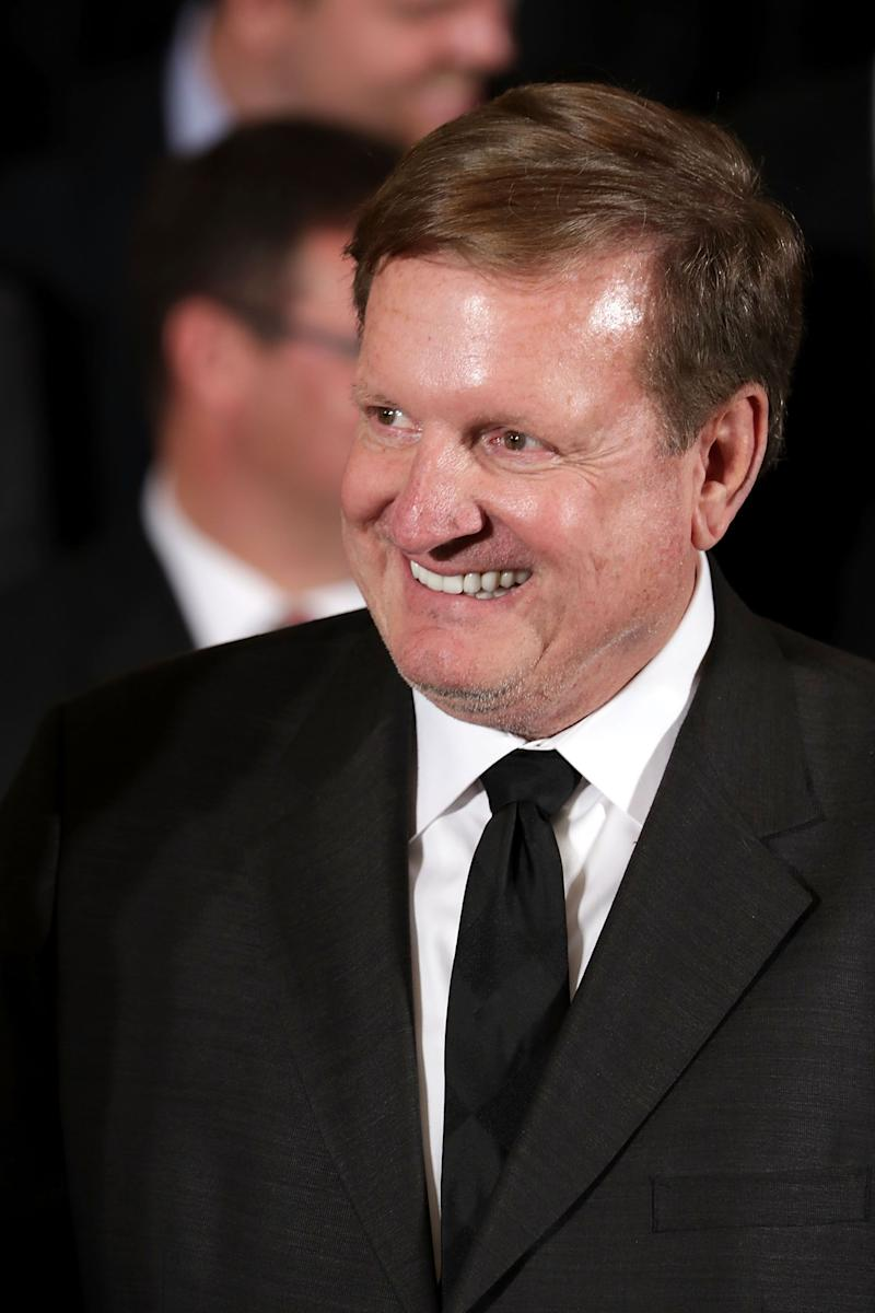 Ron Burkle dazzles in all-black suit and he looks amazing