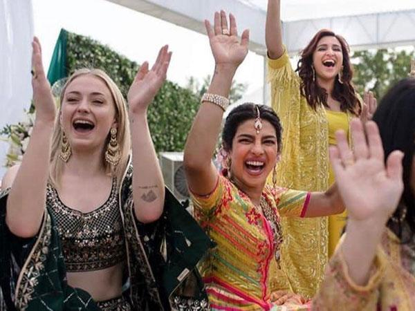 <p>Sophie is close friends with her GoT onscreen sister Maisie Williams. She reportedly also shares a close bond with soon-to-be sister-in-law Priyanka Chopra. She was seen actively participating in the pre-wedding festivities including Priyanka's bachellorette, hen party and Mehendi ceremony. There is also an Insta video of Priyanka carrying Sophie piggy-back at a pre-wedding party. </p>